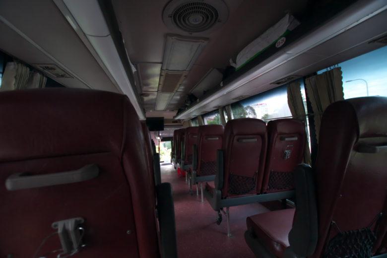 プノンペン行きバス