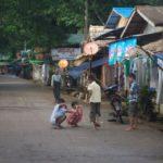 バンコクからミャンマーのキンプンへバス移動(2017年7月8日~9日)
