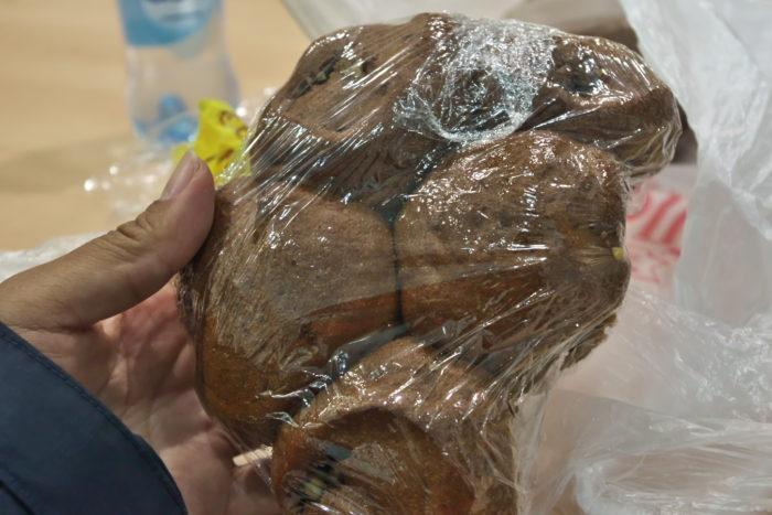 巨大クルミパン