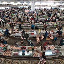 チョルス―市場