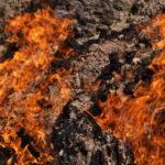 バクーの火の山ヤナル・ダグ観光とトビリシへ鉄道移動(2017年10月30日~31日)