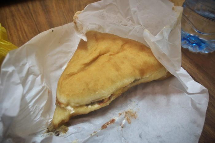 三角のパン