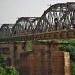コートジボワールのヤムスクロからディンボクロに移動!崩落した鉄道橋!?(2018年4月24日)