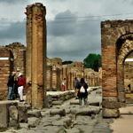 【イタリア】1日で消えた町ポンペイ遺跡観光!ナポリからサンラザロへ移動(2019年4月29日)