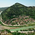 【アルバニア】世界遺産の町ベラト観光!ベラト城は住宅地?(2019年6月17日)