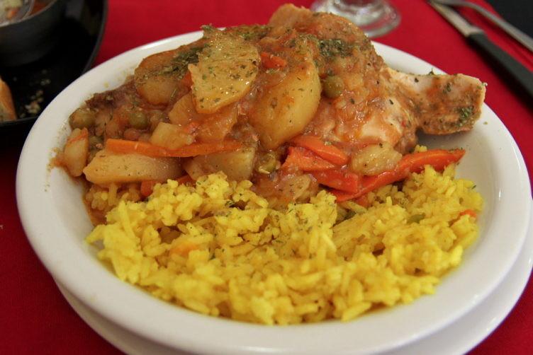 鶏肉のポルトガル風